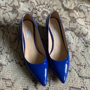 Patent leather cobalt blue pointy toe wedges